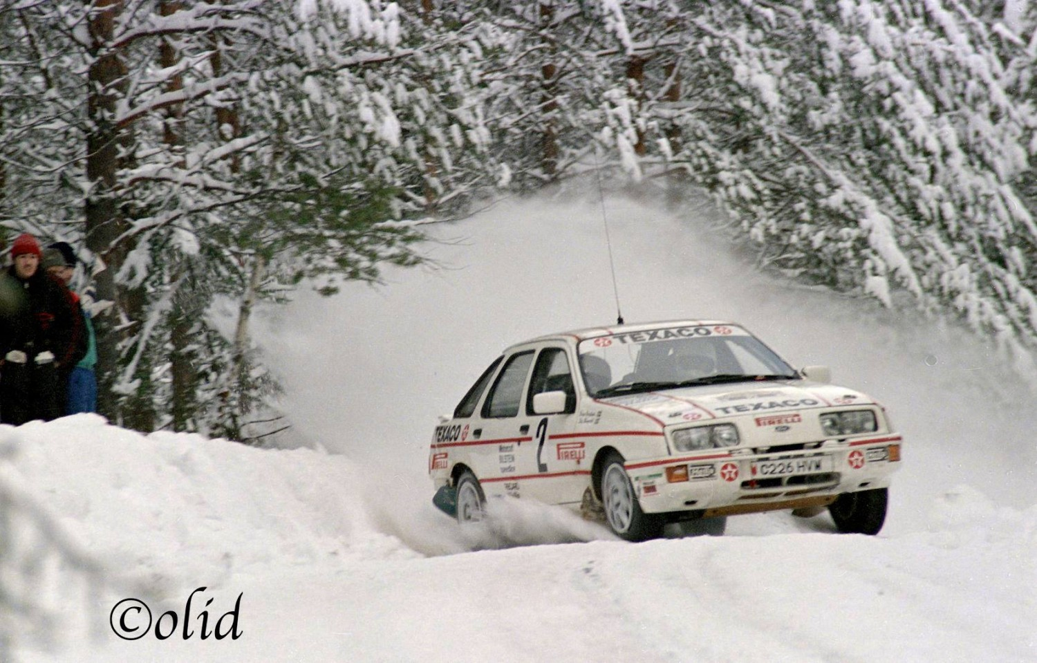 Marc Timmers met Ford Sierra 4x4 in Legend Boucles