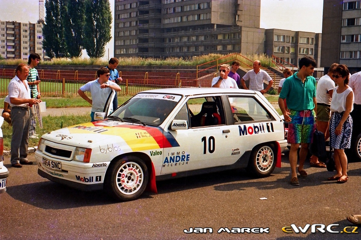 Bruno Thiry in Ypres Rally Masters met een... Opel Corsa