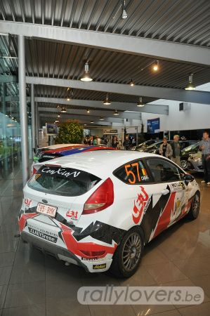 Ford en Mini garages in Roeselare stellen teams voor